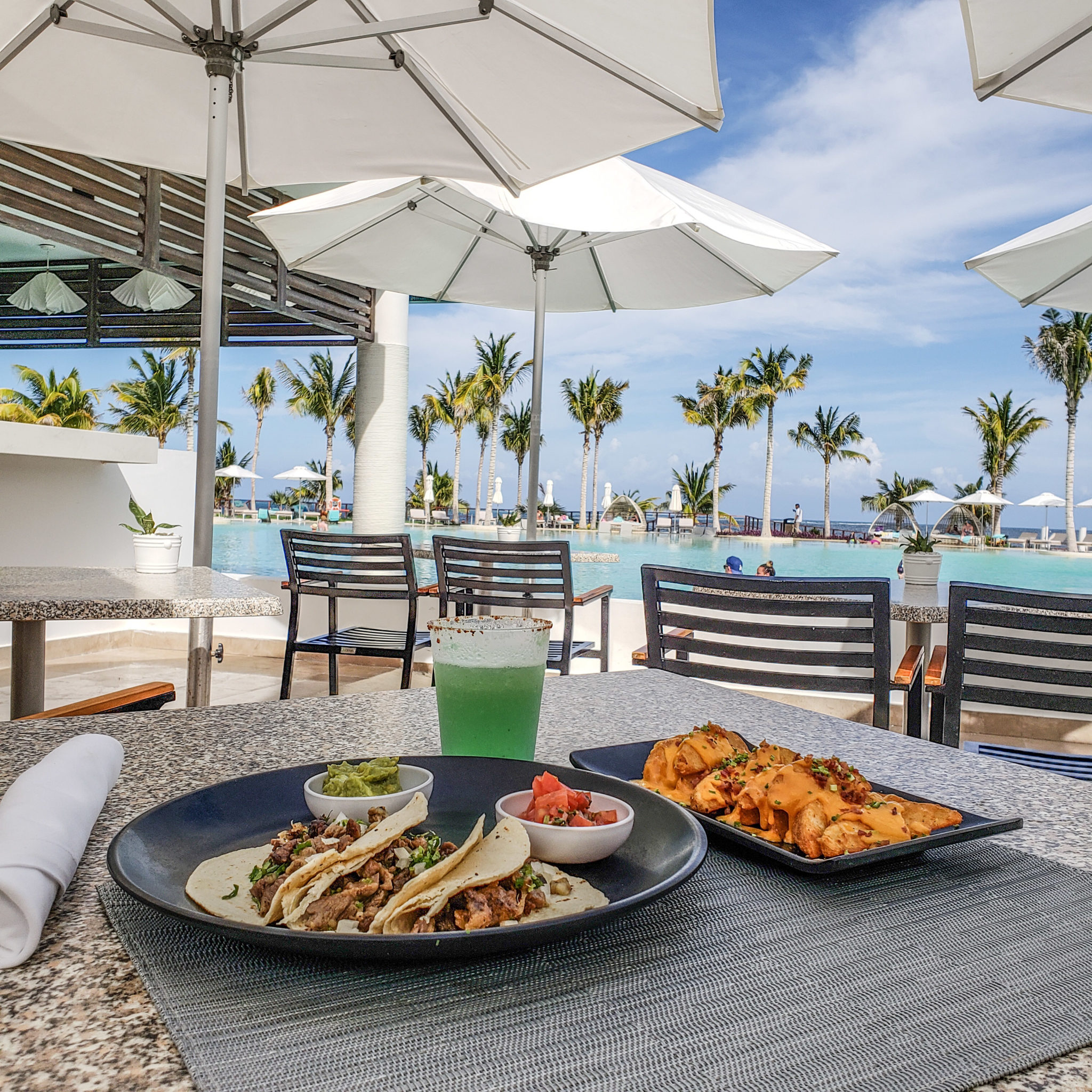 Haven Riviera - Cancun - Haven Resorts - Mexico - Quintana Roo - Pool Bar