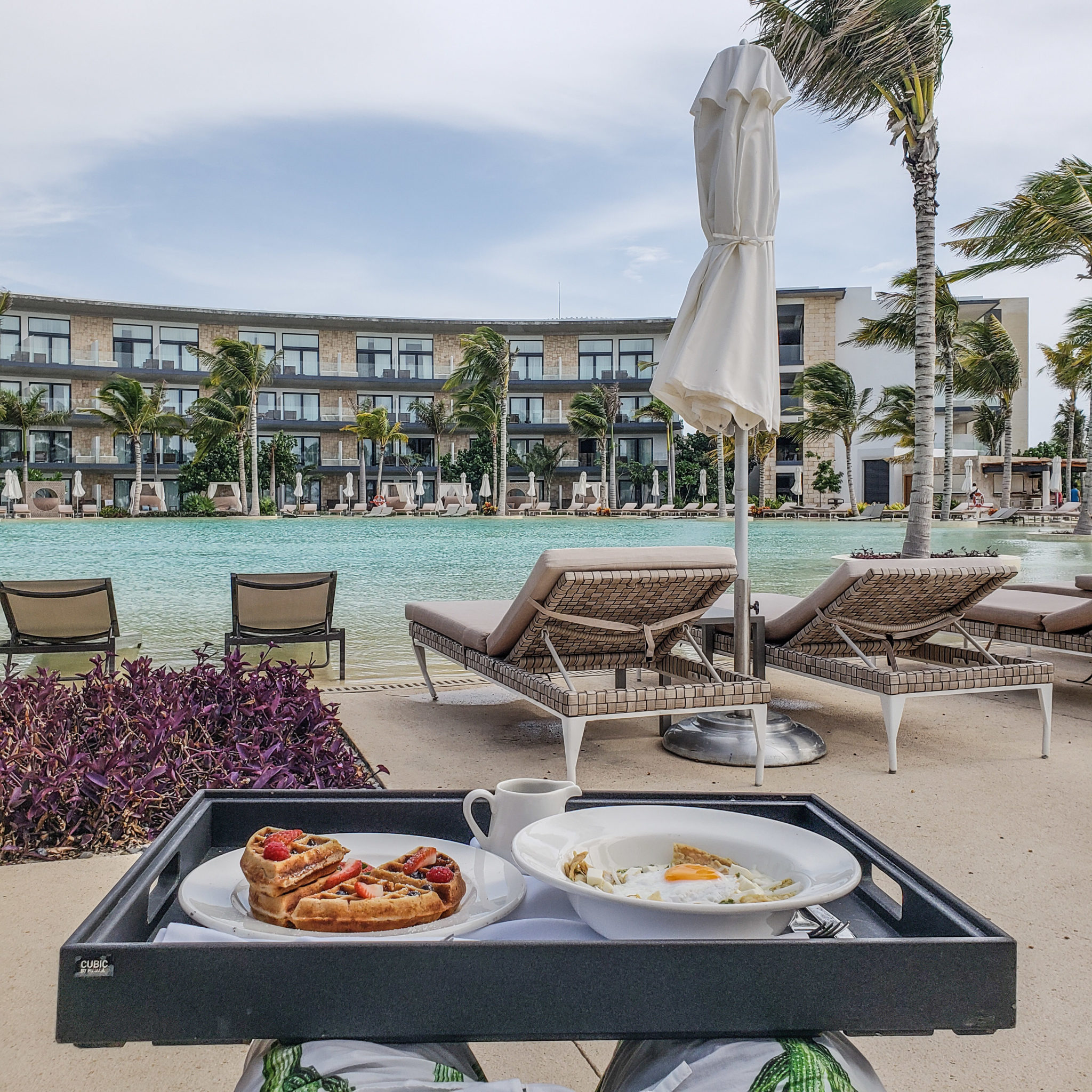 Haven Riviera - Cancun - Haven Resorts - Mexico - Quintana Roo - Breakfast - Poolside